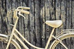 Biały bycikl Zdjęcie Royalty Free