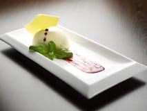 Biały czekoladowy tort Obraz Stock
