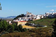 Biały miasteczka i sportów centre, Alozaina zdjęcie royalty free