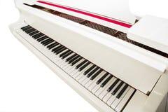 Biały pianino Zdjęcie Stock