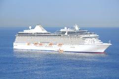 Biały statek wycieczkowy Obrazy Stock