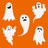 Biali śliczni duchy dla Halloweenowego projekta Set różni duchów charaktery wektor ilustracja wektor