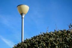 Biali kul ziemskich streetlights Obrazy Stock