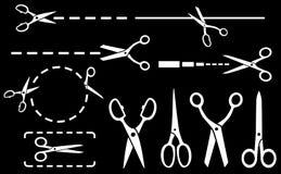 Biali nożyce ustawiający z kropkowaną linią na czarnym tle Zdjęcie Royalty Free