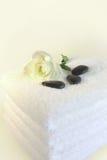 biali ręczniki Zdjęcia Royalty Free