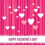Biali serca na pięknych perełkowych sznurkach odizolowywających na obdzierającym różowym tle dla Szczęśliwego walentynka dnia Obrazy Stock