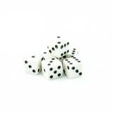 Biali starzy kostka do gry na białym tle Fotografia Royalty Free