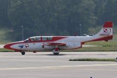 Bialo-Czerwone Iskry (wit-en-Rode Vonken) Stock Foto's