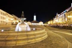 Bialystok en la noche, Polonia Imagenes de archivo