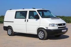 Bianco del passaggio di Volkswagen T4 2001 Fotografie Stock Libere da Diritti