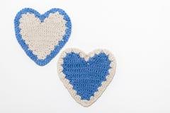 Bianco e cuori tricottati Crochet blu royalty illustrazione gratis