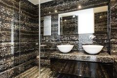 bianco moderno di bello colore della stanza da bagno Immagini Stock