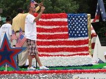 Bianco rosso ed azzurro alla parata immagine stock libera da diritti