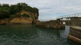 Biarritz, DES Pêcheurs 15 do porto de Allée vídeos de arquivo