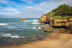Biarritz, Frankrijk - Oktober 4, 2017: toeristen die prachtig toeristisch Biarritz op Atlantische kust, Baskisch Land bezienswaar Royalty-vrije Stock Fotografie