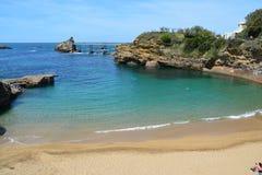 Biarritz Rocher de la Vierge Port Vieux strand Frankrike royaltyfri fotografi