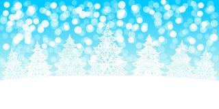Białych Bożych Narodzeń drzew dekoracja na śnieżnym bokeh tle Obrazy Royalty Free