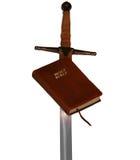 Bibbia e spada Fotografia Stock