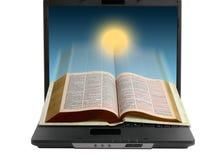 Bibbia sul Internet fotografie stock