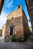 Bibbona in Val di Cecina, Livorno, Toskana, Italien - Kirche O Stockfotografie