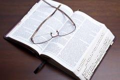 Bibelstudie Stockfotografie