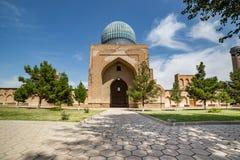 Bibi-Khanym清真寺在撒马而罕,乌兹别克斯坦 免版税库存图片