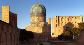 Bibi-Khanym moské - Registan - Samarkand - Uzbekistan arkivfoto