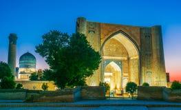 Bibi-Khanym mosk? i Samarkand, Uzbekistan royaltyfria bilder