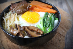 Bibimbap, traditioneel Koreaans voedsel Stock Foto