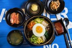 Bibimbap traditionnel coréen photographie stock