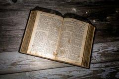 Bible allemande Photographie stock libre de droits