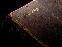 Bible on Black 1 Royalty Free Stock Photography