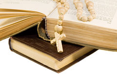 Bible with cross Royalty Free Stock Photos
