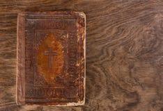Biblia muy vieja Imágenes de archivo libres de regalías