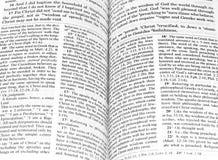 biblia otwarta zdjęcia stock