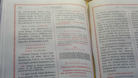 Biblia Otwierająca książka Matthew zbiory