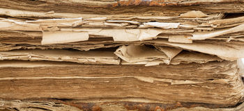 Biblia, stara książka Obrazy Royalty Free
