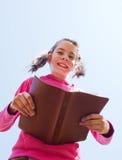 biblii dziewczyny czytanie nastoletni Zdjęcie Stock