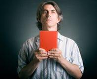 biblii ręki mężczyzna Zdjęcie Royalty Free