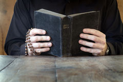 biblii studia zdjęcia stock