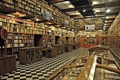 Biblioteca antigua del castillo de Peralada Imagen de archivo libre de regalías