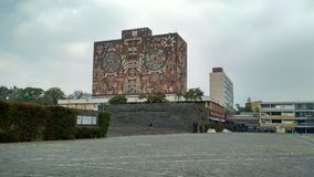 Biblioteca central de UNAM fotos de archivo libres de regalías