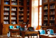 Biblioteca clássica do estilo Fotografia de Stock Royalty Free