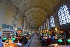 Biblioteca de Boston Public para dentro, Boston, miliampère, EUA Fotografia de Stock Royalty Free