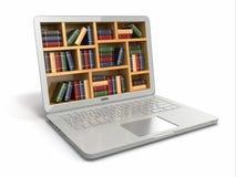Biblioteca de la educación o de Internet del aprendizaje electrónico. Ordenador portátil y libros. Imagenes de archivo