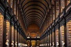 Biblioteca de universidad de la trinidad en Dublín Fotografía de archivo libre de regalías
