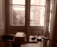 Biblioteca do Sepia do vintage imagens de stock