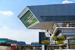 Biblioteca e centro de aprendizagem por Zaha Hadid Of Vienna University da economia e do negócio Foto de Stock