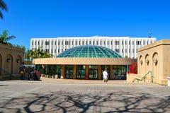 Biblioteca en San Diego State University imagenes de archivo