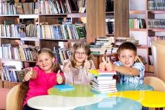 Biblioteca escolar fotografia de stock royalty free